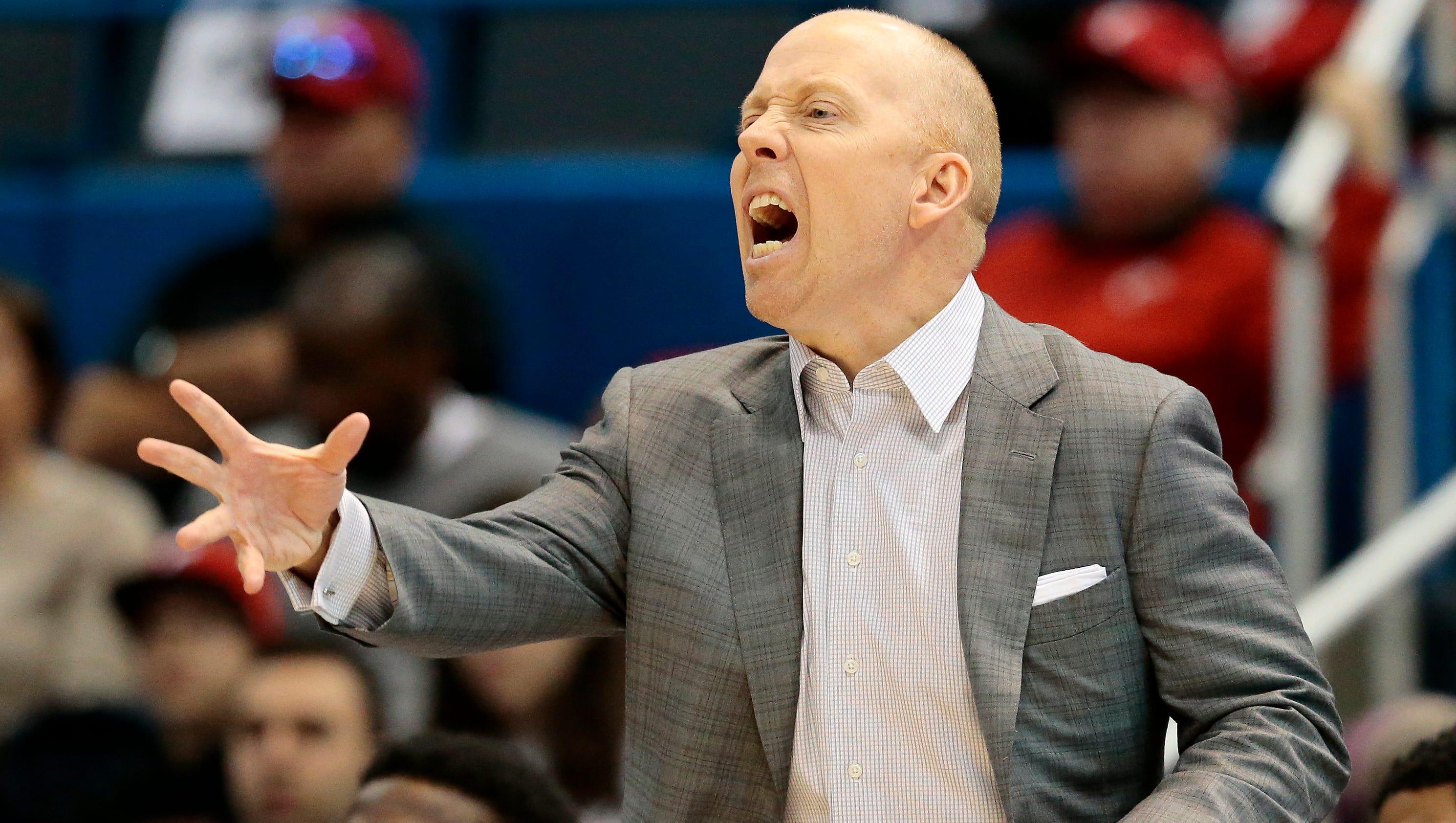 Bearcats make another west coast NCAA trip