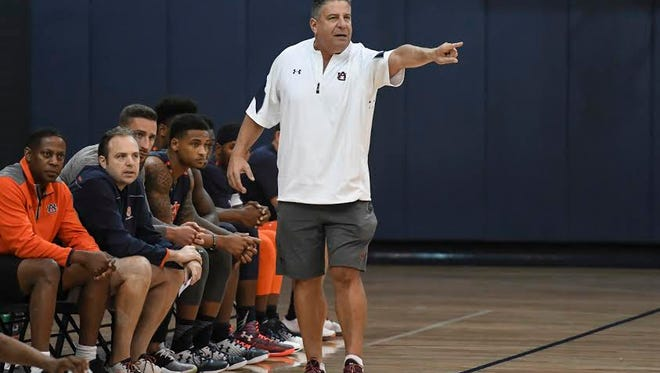 Bruce Pearl directs his team during the open scrimmage at Auburn Arena on Oct. 12, 2016.
