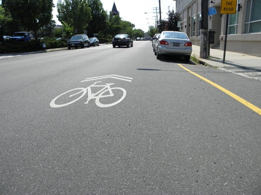 road work and sign pix, RB signs, bike lane 088.JPG