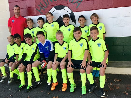 U11 Madrid Wizards with Coach Tamas Kovacs at the Hungarian