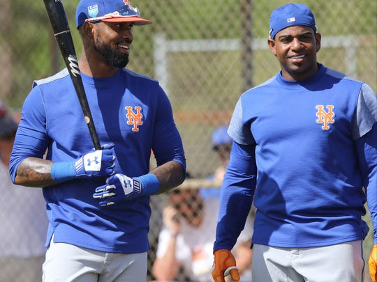 Jose Reyes (l) and Yoenis Cespedes (r)