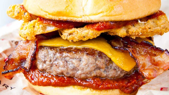 EO Burgers will hold its grand opening Wednesday, Feb. 17 at Bell Tower Shops in south Fort Myers.