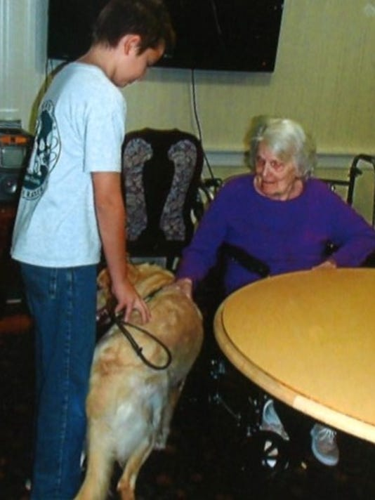 636180112728488758-Puppy-therapy-at-Providence-Place.jpg