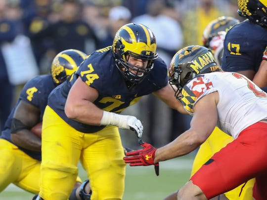 Michigan Wolverines offensive lineman Ben Bredeson