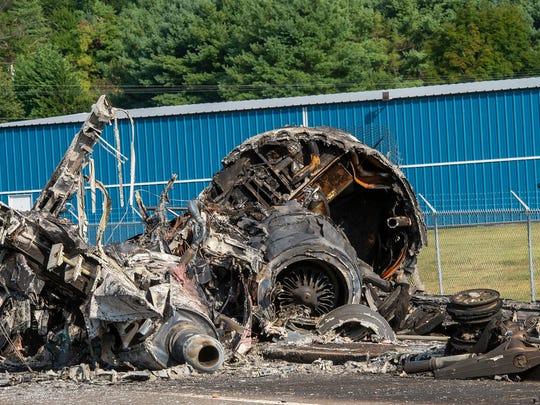 AP EARNHARDT PLANE CRASH A S CAR USA TN
