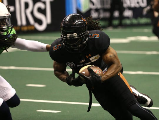 Rattlers Anthony Amos (5) scores a touchdown against