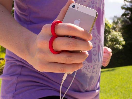 best-runners-phone-case-knuckies.jpg