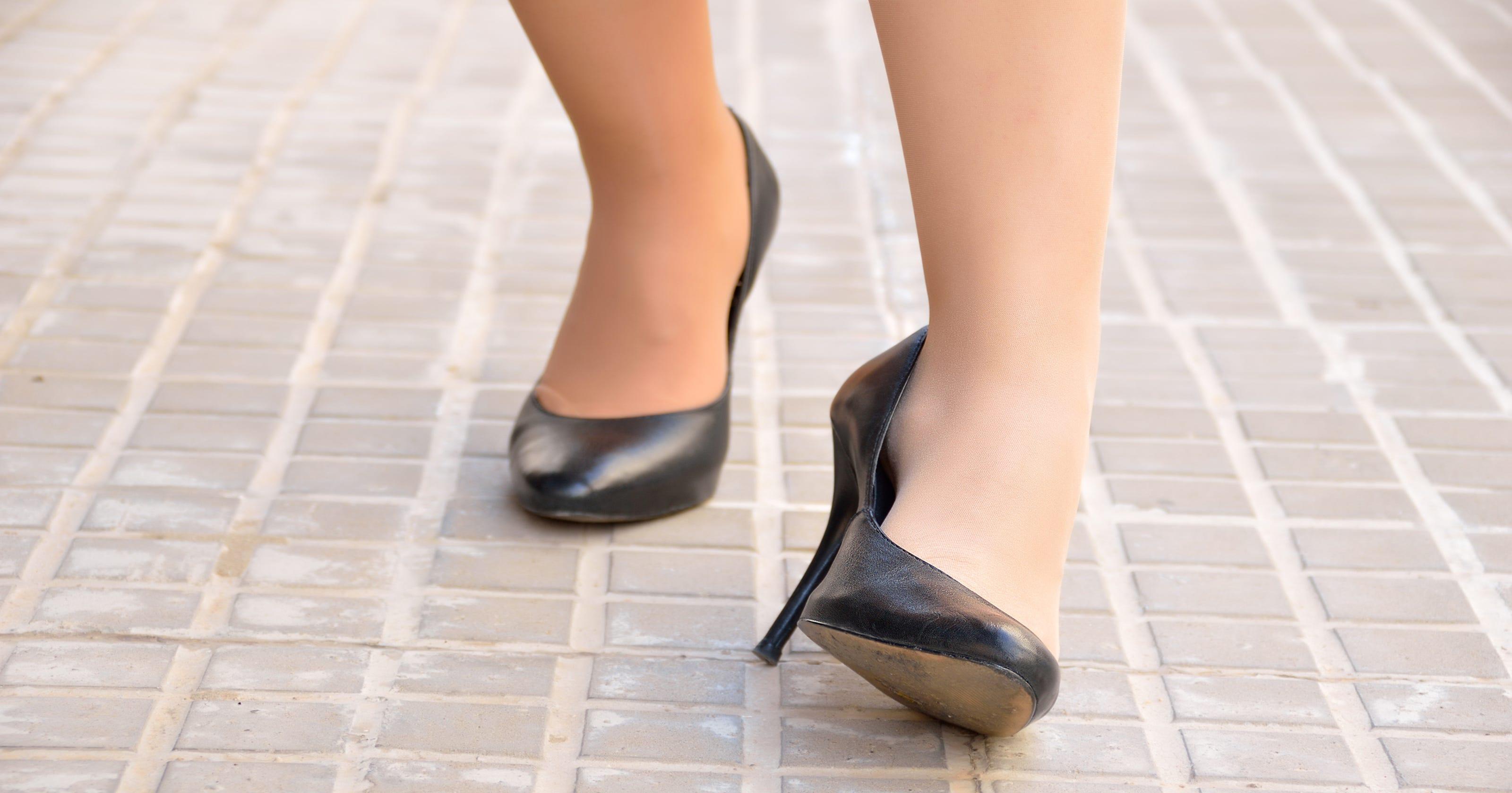 c5f2ec00f80 Sneaker sales are growing as sales of high heels tumble: Report