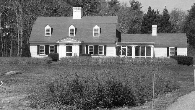 Marion's Historic Houses: 604A Point Road.