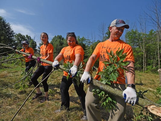 United-Way-Day-of-Caring-01.jpg