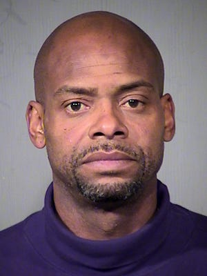Former NBA player Richard Dumas is among 151 people arrested in a pre-holiday roundup of theft suspects in Arizona.