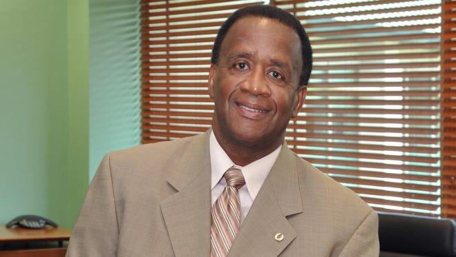 FGCU President Wilson Bradshaw
