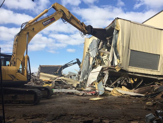 636528155365871055-guid-demolition.jpg