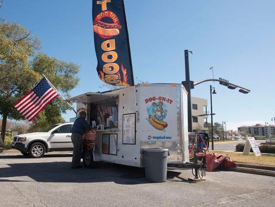 Pensacola City Hall Food Trucks