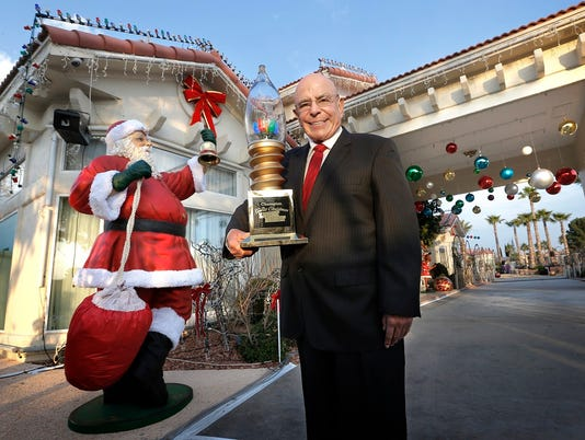 Fred Loya, The Great Christmas Light Fight