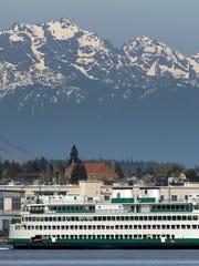 The Washington State ferry Kaleetan  leaves the Bremerton