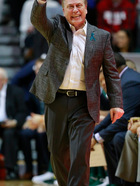Michigan State head coach Tom Izzo instructs his team in the first half of an NCAA college basketball game against Indiana, Saturday, Feb. 3, 2018, in Bloomington, Ind. Michigan State won 63-60. (AP Photo/R Brent Smith)