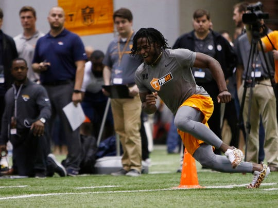 Alvin Kamara competes during the NFL Pro Day at UT Friday, March 31, 2017 in Knoxville, Tenn.