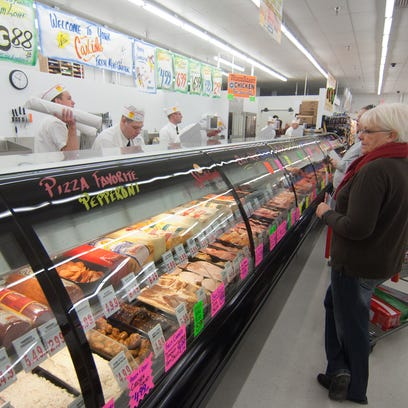 Fareway meat departments are a huge draw for the Boone-based