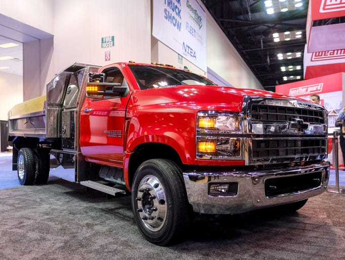 Photos: Chevrolet unveils 2019 Silverado 4500HD, 5500HD ...