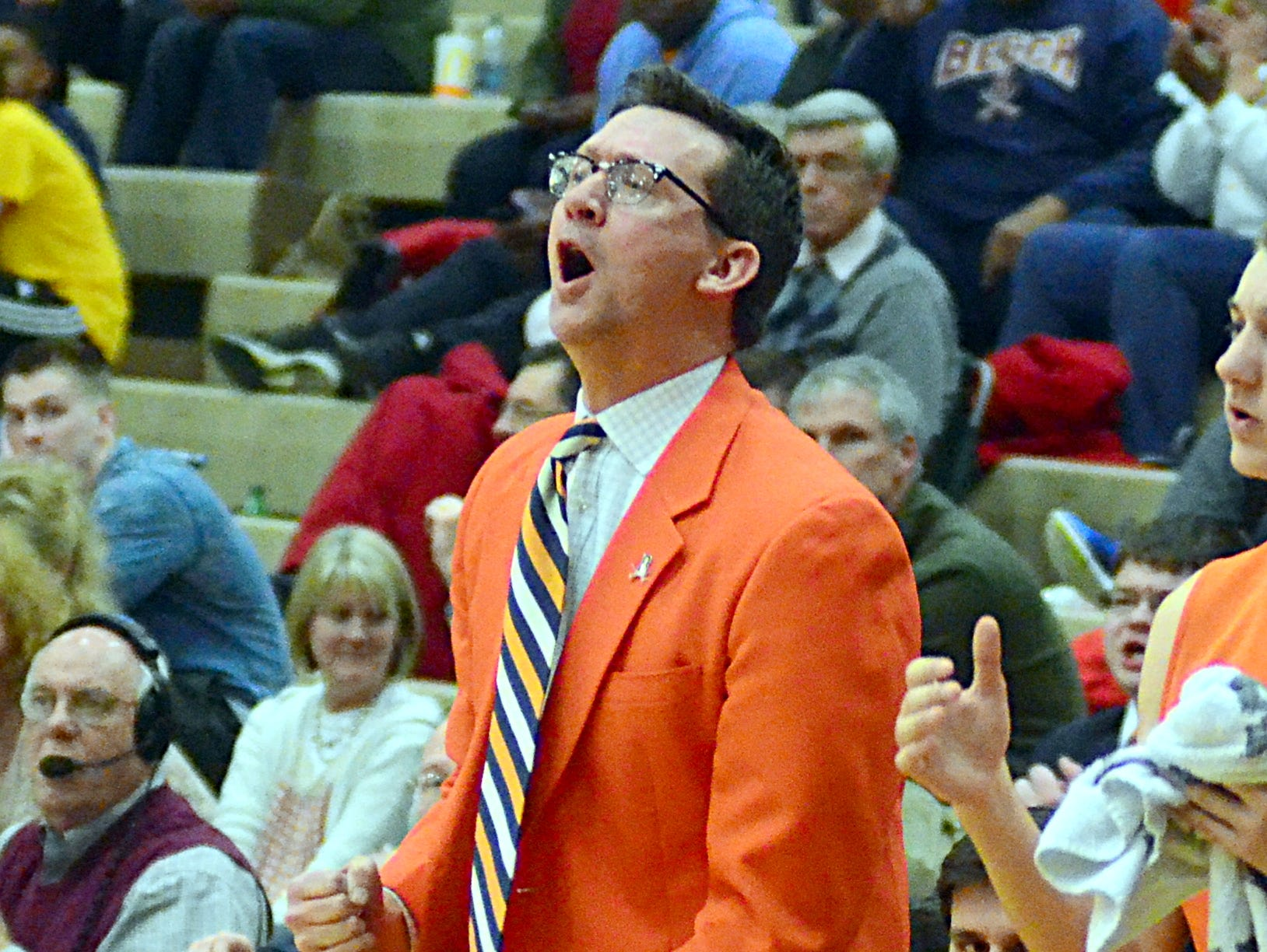 Beech High boys basketball head coach Darrin Joines announced his resignation on Monday after 16 seasons as the Buccaneers' head coach.