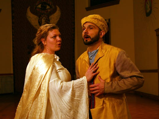 635940905082844672-Savage-Rose-Classical-Theatre-Company-Kristie-Rolape-and-Gerry-Rose-Photo-by-Kelly-Moore.jpg