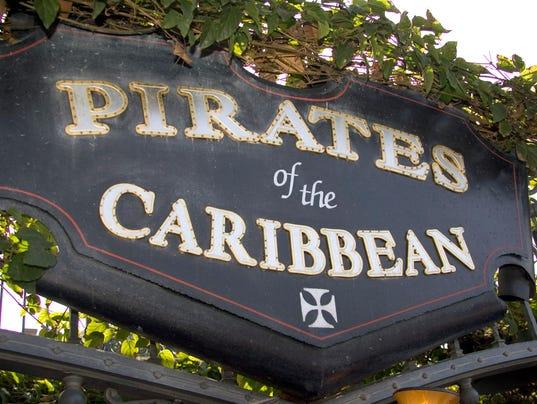 636567282605689503-pirates-sign.jpg