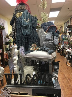 Robbie and Jerry Hembree opened Inspirations on Main in 2013. Originally it was going to be a furniture store, but the location proved to be too small so Robbie told her husband she was going to offer ladies fashion, handbags and shoes.