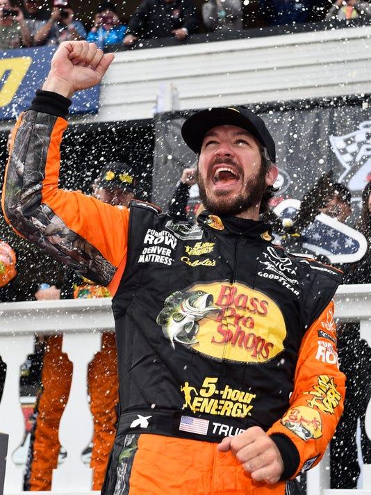 NASCAR_Pocono_Auto_Racing_71990.jpg