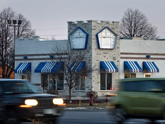 Traffic moves near the the St. Cloud White Castle location