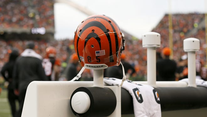 A lawsuit against the NFL by former players revealed emails sent by a Cincinnati Bengals trainer about the use of painkillers.