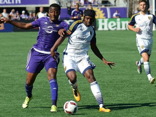 Orlando City SC forward Cyle Larin (9) and Real Salt