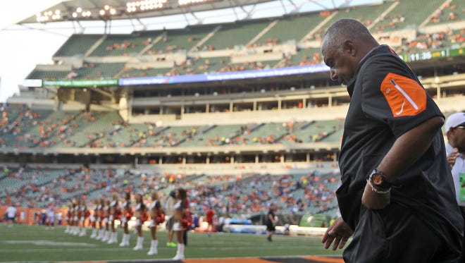 Marvin Lewis and the Cincinnati Bengals have parted ways after 15 years.