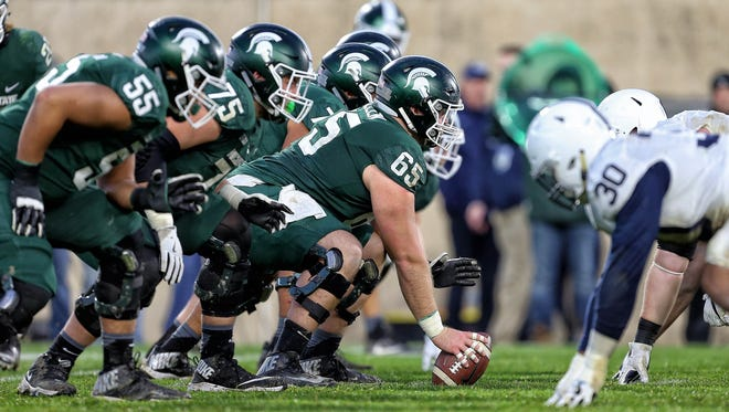 Michigan State lines up against Penn State on Nov. 4, 2017. MSU won 27-24.
