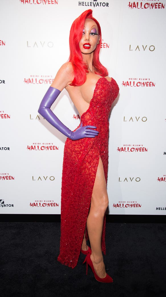Heidi Klum sizzles as Jessica Rabbit.