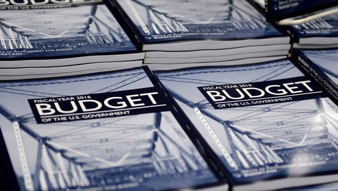 Voters must insist that lawmakers get serious about federal finances, Steve Corbin writes.
