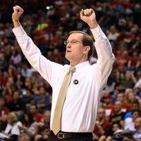March 13, 2015; Las Vegas, NV, USA; Oregon Ducks head coach Dana Altman instructs against the Utah Utes during the first half in the semifinal round of the Pac-12 Conference tournament at MGM Grand Garden Arena. Mandatory Credit: Kyle Terada-USA TODAY Sports
