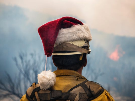 636494809814531817-thomas-fire-santa-hat.jpeg