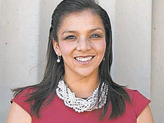 Mayra Gomez El Sol
