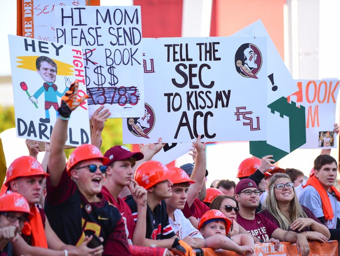 Florida State and Alabama fans gathered outside of