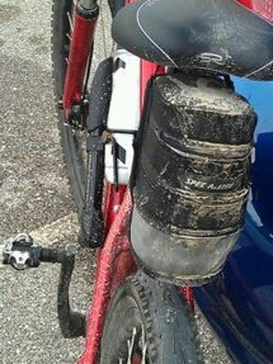 mountin bike with dirt
