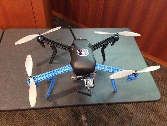 635541114036678307-drone