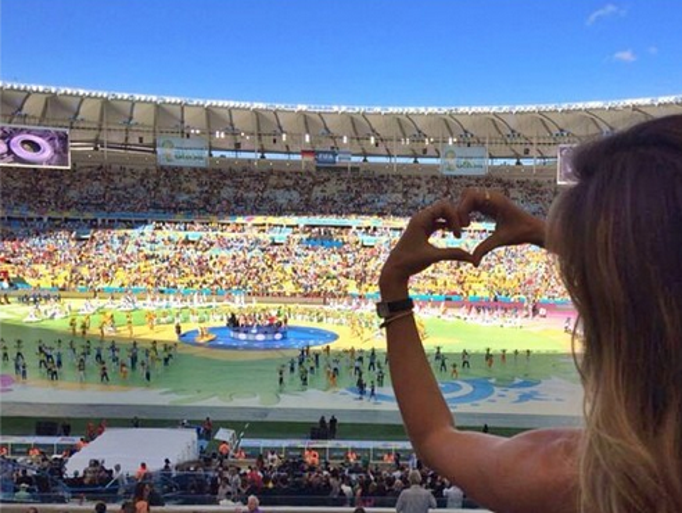Gisele Bundchen was full of love ahead of the World Cup final match between Germany and Argentina in Brazil.