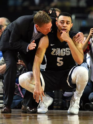 Gonzaga Bulldogs guard Nigel Williams-Goss (5) reacts with head coach Mark Few after loosing to the North Carolina Tar Heels in the championship game of the 2017 NCAA Men's Final Four at University of Phoenix Stadium.