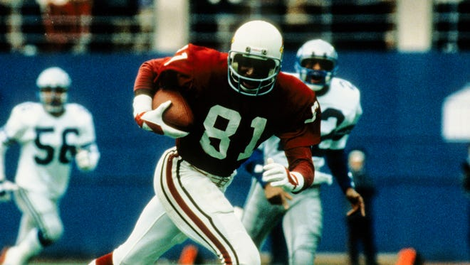 Nov 24, 1983: St. Louis Cardinals receiver Roy Green (81) in action against the Dallas Cowboys at Texas Stadium.
