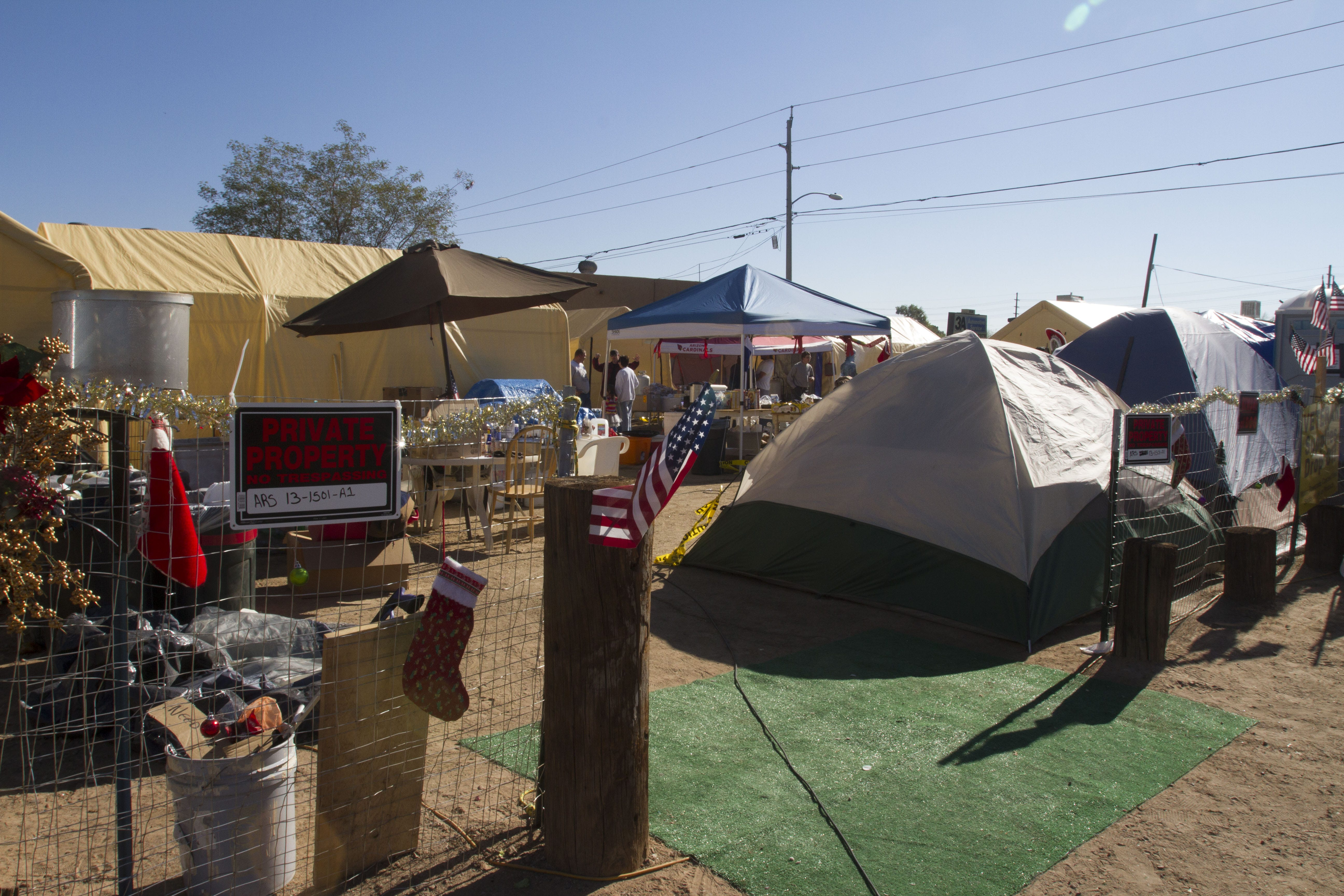635860514259693546-c&alpha-121715-01.JPG & Troubled times at Camp Alpha: Is unofficial homeless shelter ...