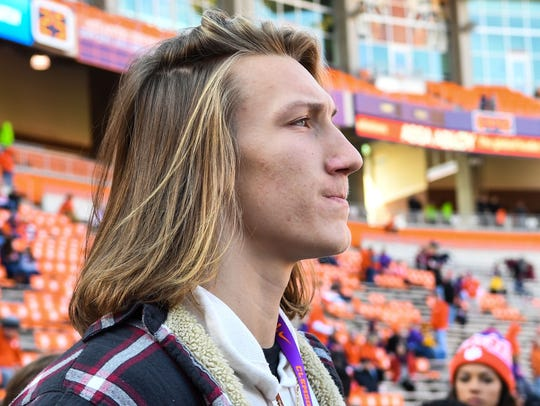 Trevor Lawrence, a Clemson football committee since
