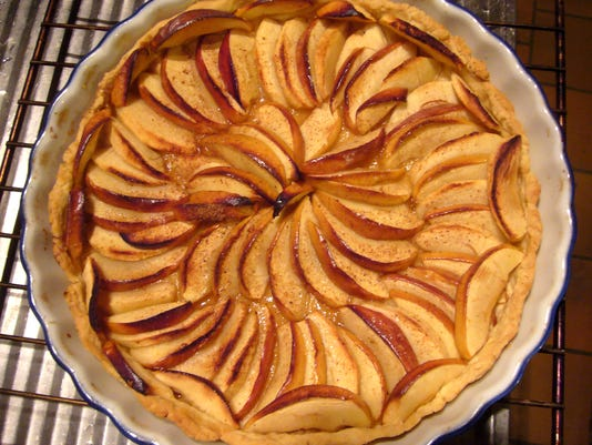 636615650752346628-French-Style-AppleTart2-SGSeguret.jpg