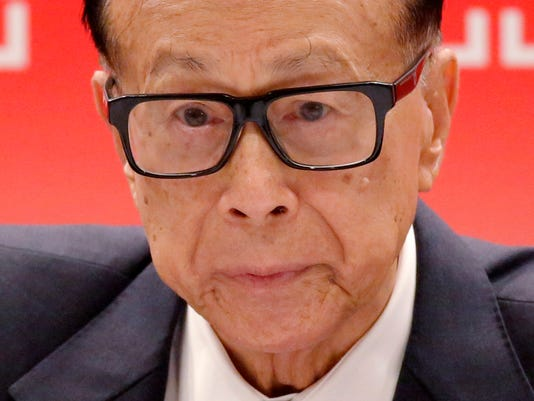 AP HONG KONG BILLIONAIRE RETIRES F I HKG