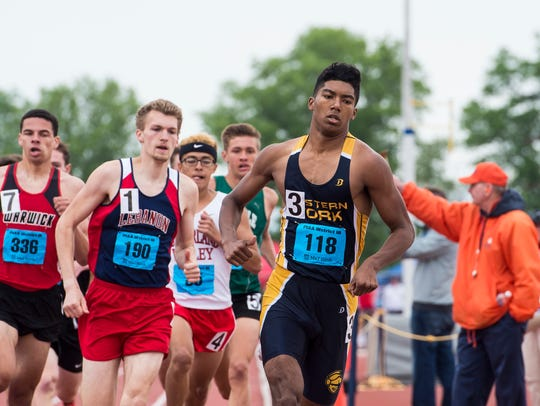 East York's Nathan Lopez competes in the 800 meter